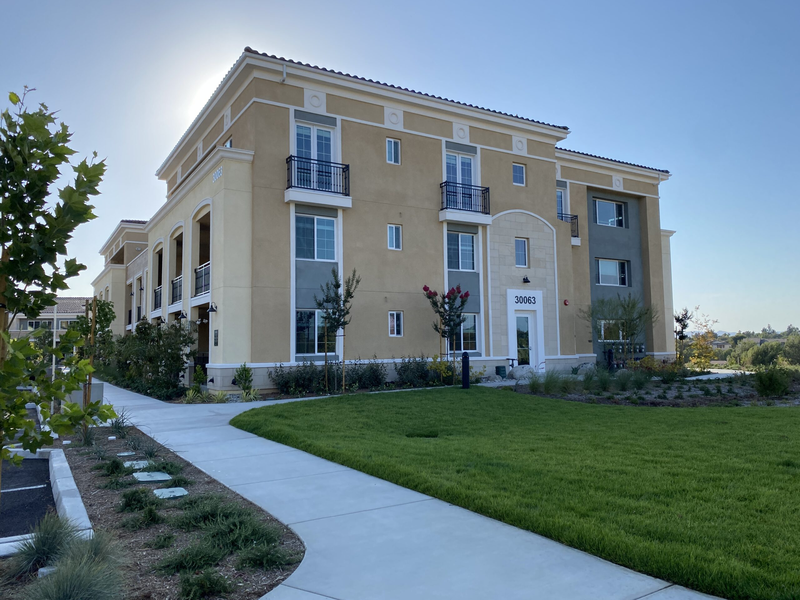 Pacific West Development Completes Leasing Office, Buildings 1 and 2 at Rendezvous Phase 1